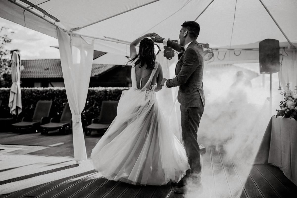 сватба в естера вини